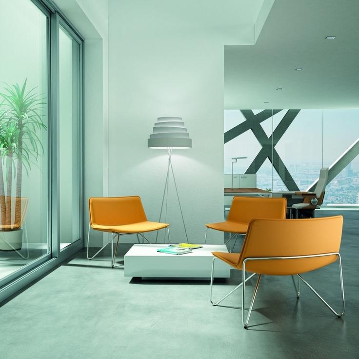 Loungestoelen Daphne uit de Offisit meubelserie.