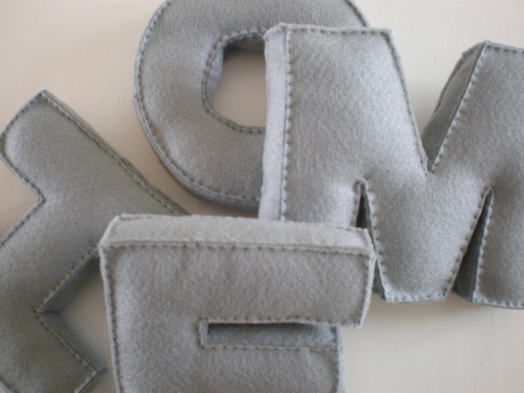 hand-made felt letters.: Fabrics Letters, Gifts Ideas, For Kids, Cute Ideas, 3D Letters, Handmade Letters, Felt Letters, Hands Mad Felt, Handmade Felt
