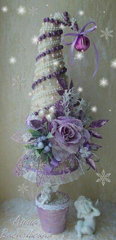 Blanco y violeta