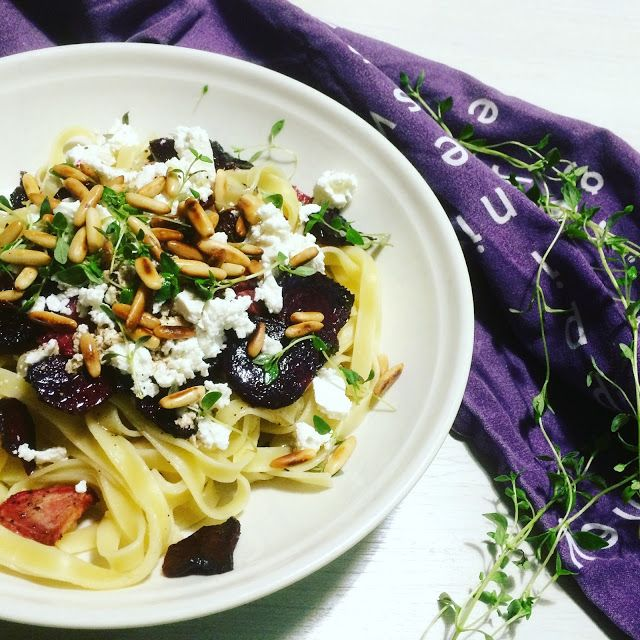 Punajuuret ja feta ovat makuyhdistelmänä aivan loistava, joten nähtyäni kyseisen pastareseptin Maku-lehdessä, oli sitä tietenkin päästävä he...