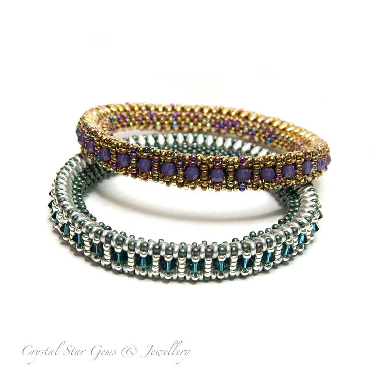 Use SuperDuos and 4mm pearls, crystals or faceted beads and seed beads to create a sparkling bangle. The bangle is approximately 1cm wide and the