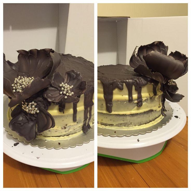 Aria's birthday cake .. bit of a drip fail😅 chocolate & carrot cake cream cheesw & ganache