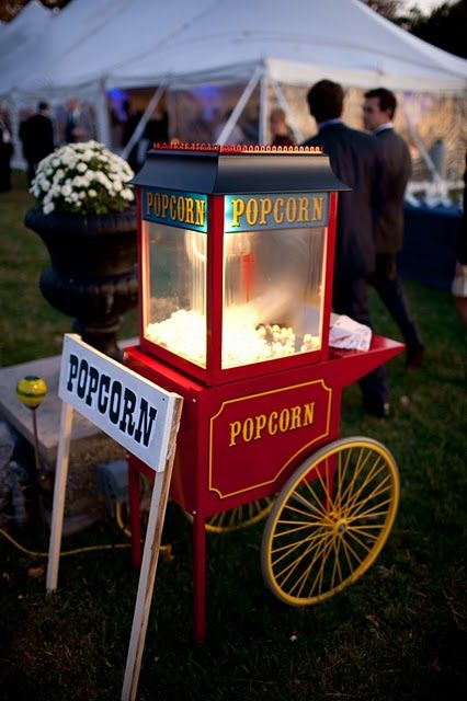 Cannot have a carnival inspired wedding without the popcorn!