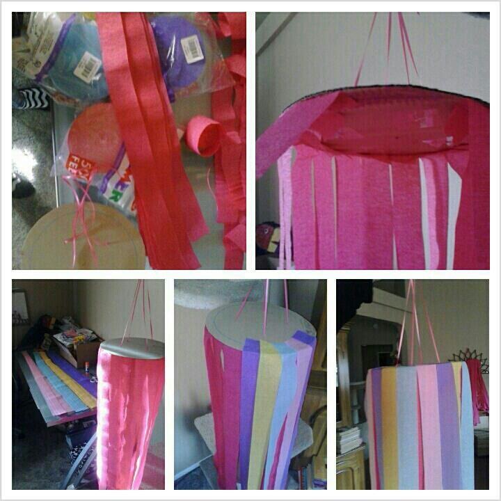 Hanging streamer decorations