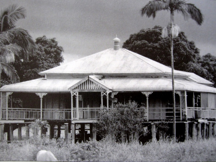 I love this old queenslander (scanned from a book)