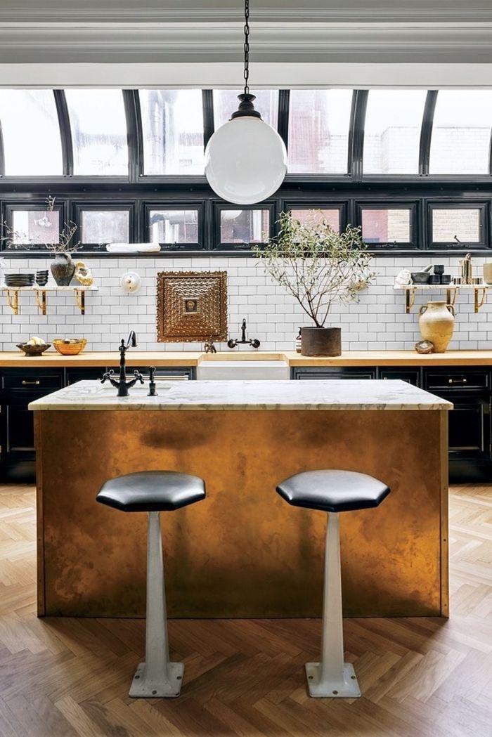 Cuisine Ilot Central Qui Se Fait Un élément Accrocheur Dans Cet Espace  Vintage Scandinave Avec Son
