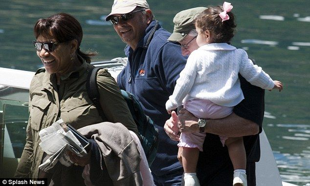 Robert De Niro, wife Grace Hightower, & their daughter Helen Grace.