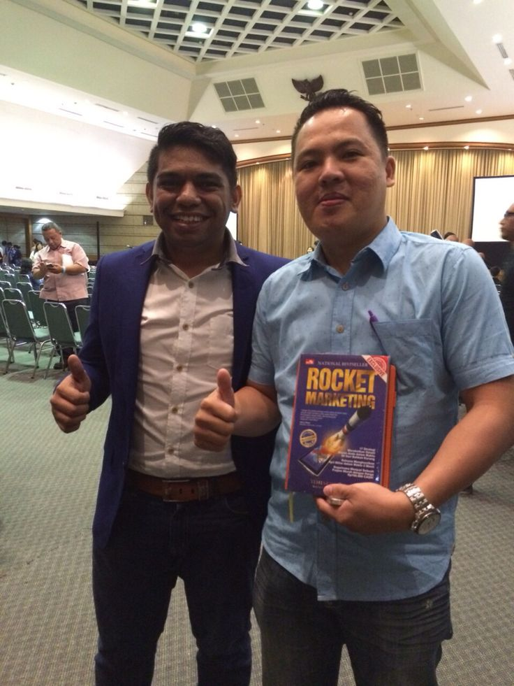 Me and Mr.Yeheskiel Zebua #RocketMarketing and #RocketLife
