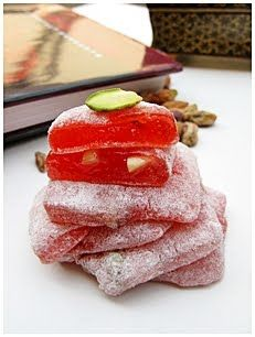 Can we talk about the world's best candy for a second. Turkish delight 4eva.