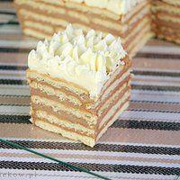 Herbatnikowe ciasto z kremem chałwowym