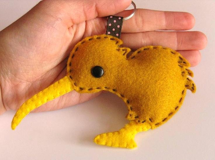 felt kiwi keychain