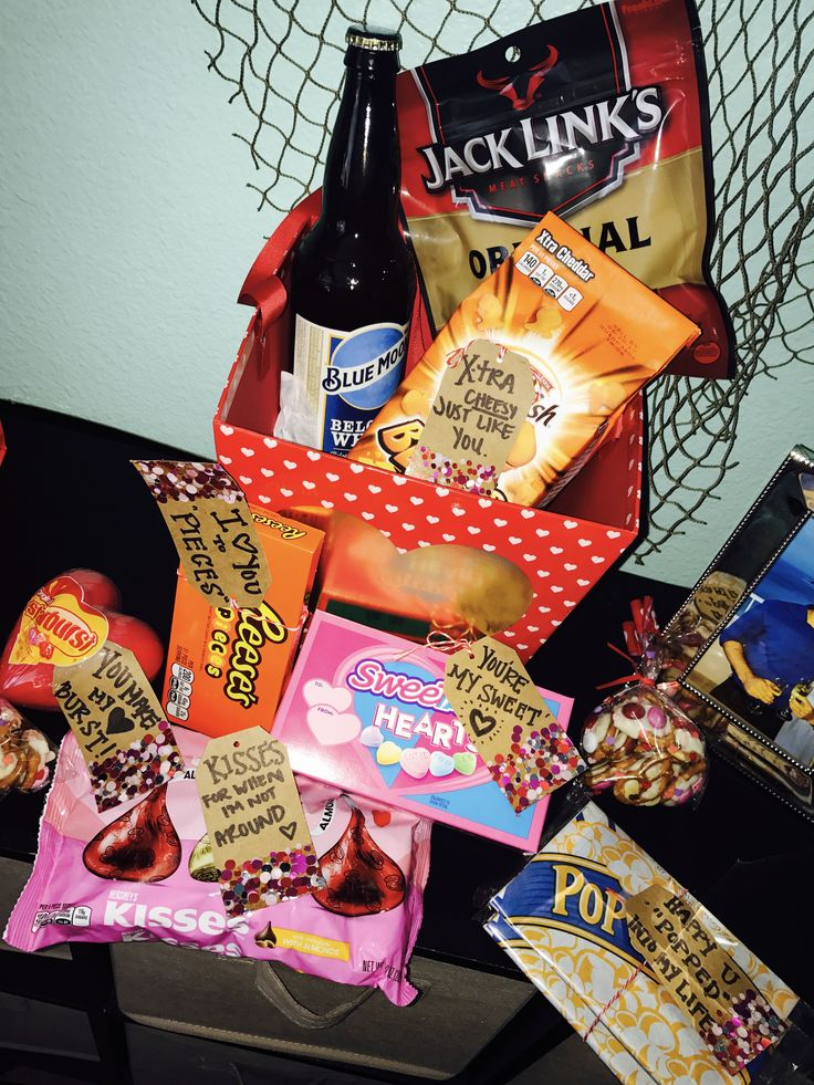 Best 25 valentine 39 s day gift baskets ideas on pinterest for Valentine day gifts for him ideas
