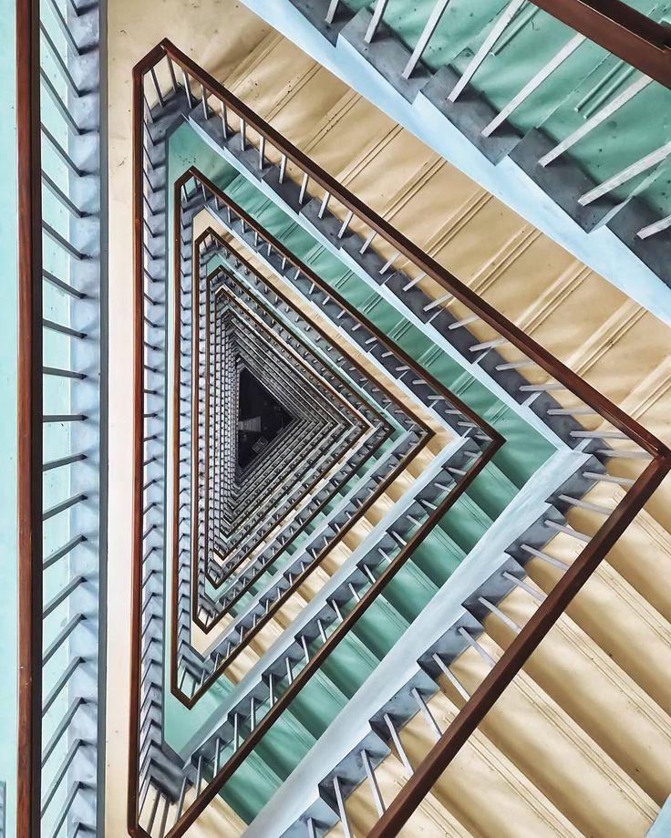 Architecture | Design | Art (@worldneedsmorespiralstaircases) • Fotos y vídeos de Instagram