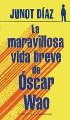 El escritor dominicano nos lleva a conocer la agitada vida de Oscar Wao, así como la de su extensa familia, recreando con humor la experiencia de los dominicanos en Estados Unidos y la capacidad de perseverar en medio del desengaño amoroso y la pérdida. 320 p. 23 €