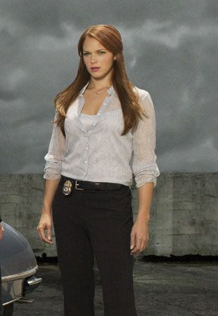 Amanda Righetti Mentalist | Amanda Righetti in The Mentalist
