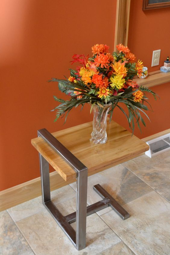 This is a great design for a modern and simple end table.: