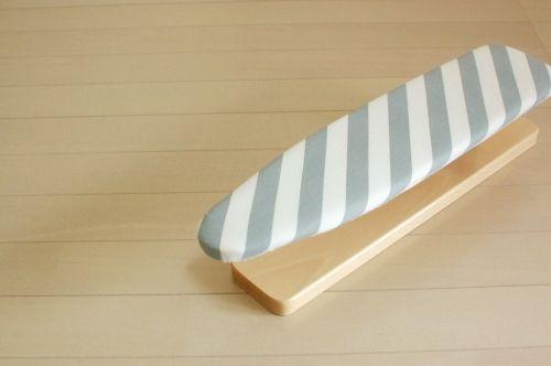 イタリア/ARIS社/木製のスリーブボード(袖口用アイロン台) - 北欧、暮らしの道具店