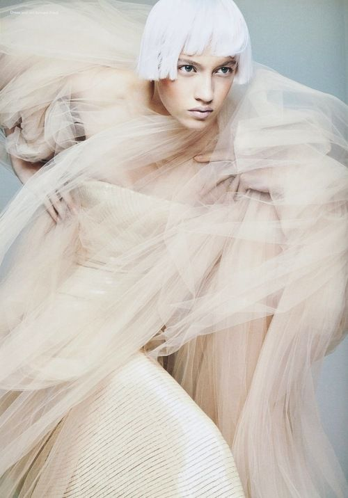 V magazine, Winter 2005