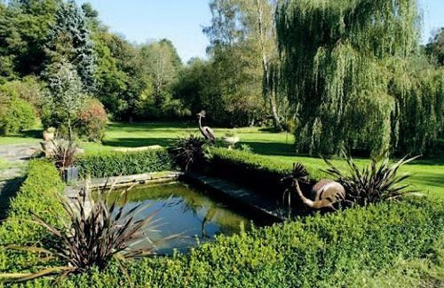 Real-life House at Pooh Corner hits marketCotchford Farms, Real Lif House, Favorite Places, Pooh Corner, Dreams House, English Architecture, Winnie The Pooh, Corner Gardens, Hit Marketing