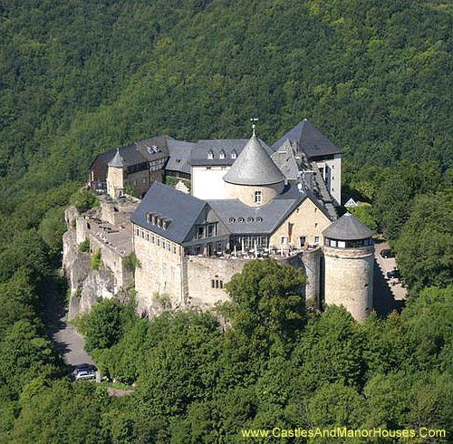 Schloss Waldeck (Waldeck Castle) 34513 Waldeck, Hessen, Germany..... http://www.castlesandmanorhouses.com/photos.htm .... Waldeck was the residence of the Counts of Waldeck from around 1200. It is now an hotel.
