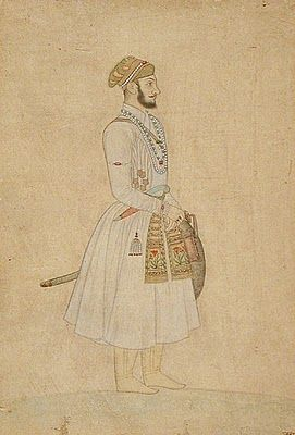 When Aurangzeb died near the age of eighty years, there were seventeen legitimate claim to the throne, which included not only children but also their grandchildren and great-grandson. After the death of two brothers fought near Agra, on the battlefield, but fought his brother Dara Shikoh Aurangzeb. Prince Muazzam prevailed and killed his brother, Prince Azam Shah and assumed the title of Shah Alam Bahadur Shah I I.