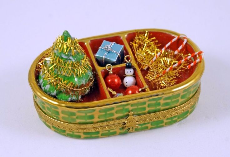NEW FRENCH LIMOGES TRINKET BOX XMAS BASKET CHRISTMAS TREE ORNAMENTS DECORATIONS #Limogesbox