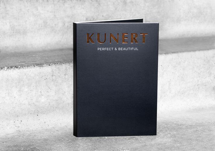 Buchdruck mit Prägung, Stanzung, Lack, Glanz oder in matt: Veredelungen für jedes Buch.