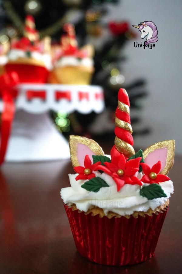 Christmas Unicorn Cupcakes By Maria S Cupcakes In 2019 Christmas