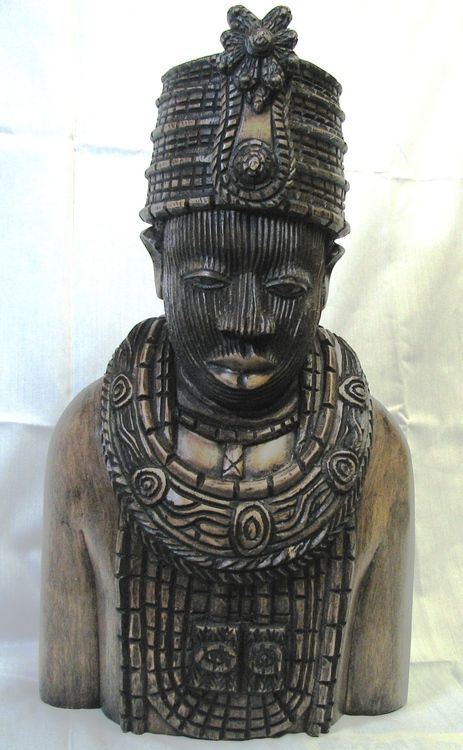 Moremi Ajasoro, Princess of the Yoruba, was a figure of high significance in the history of the Yoruba peoples.History, High Significant, Yoruba People, Bronze Portraits, Afro Art, African Artefacts, Abstrack Africanas, Ancient Art, Moremi Ajasoro