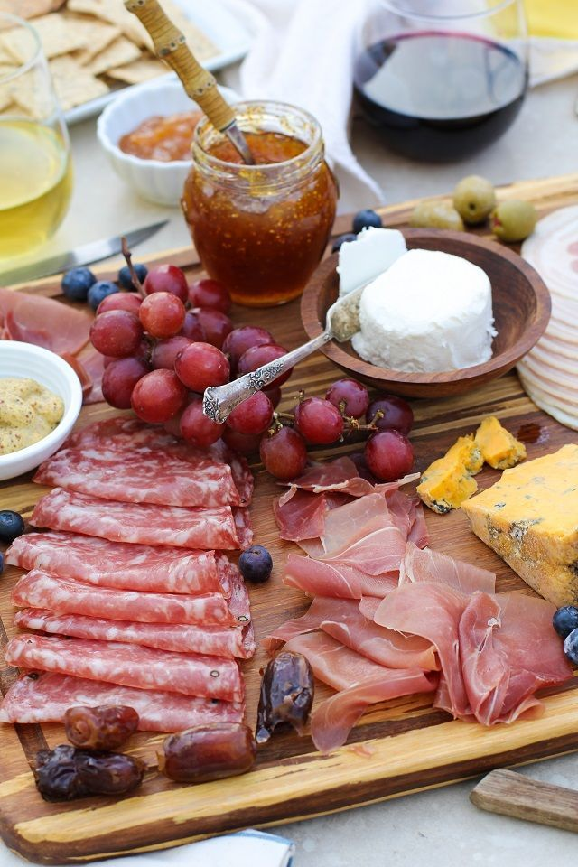 Make a charcuterie board for your next get together!  - with tips for cheese and wine pairings. #appetizer #tapas