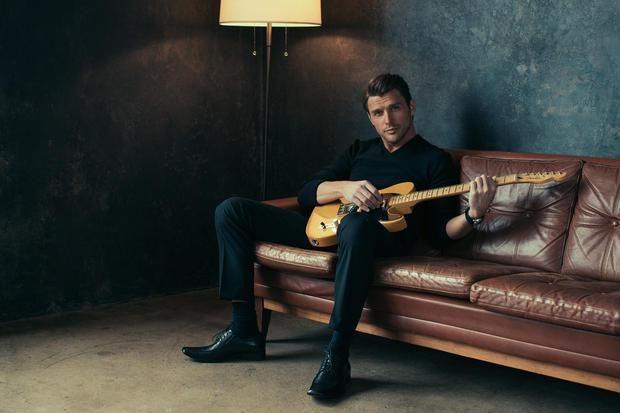 Robby Johnson/guitar! =)