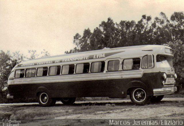 Ônibus da empresa Central S.A. Transportes Rodoviários e Turismo, carro , carroceria Eliziário Coach, chassi GMC GMC Gasolina. Foto na cidade de Porto Alegre-RS por Marcos Jeremias/Eliziário, publicada em 06/06/2012 23:47:44.