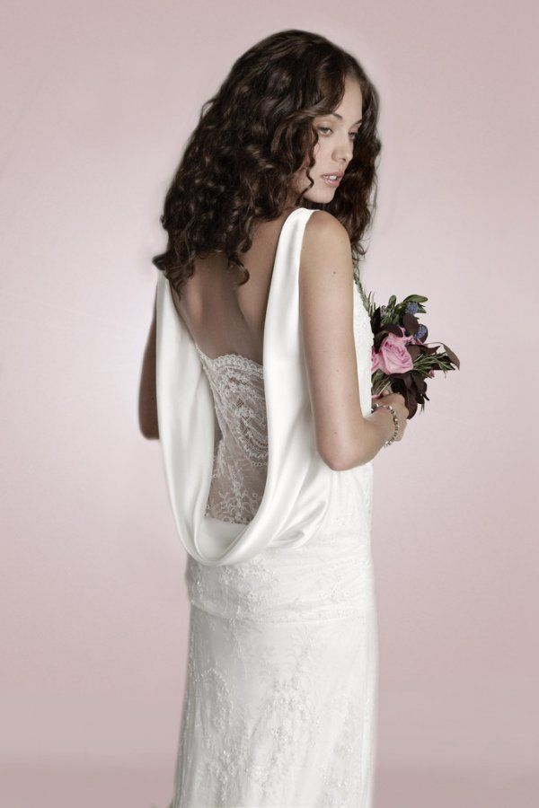 2014 Charlie Brear Robe de mariée sur www.espacemariage.com