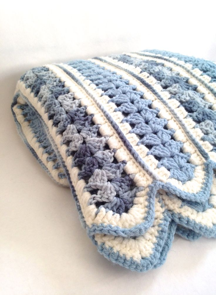 Vintage Mile A Minute Crochet Blanket With Scalloped