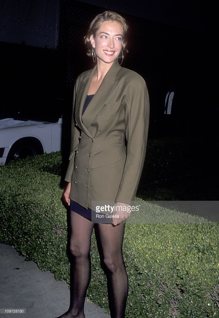 Model Tatjana Patitz attends the Harry Winston Jeweler and Roger Moore Host Their Annual Pre-Academy Awards Party on March 25,1990 at L'Orangerie Restaurant in West Hollywood, California.