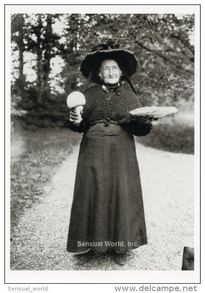 Witch Postcard Old Lady with Mushrooms Ernest Bloch 1912 Satigny Switzerland - 15360