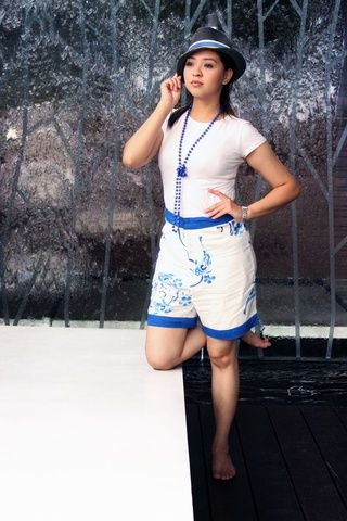 laria bamboo batik shorts - on woven bamboo material