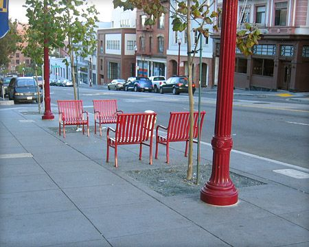 Movable street furniture precedent research age for Furniture zone sidewalk