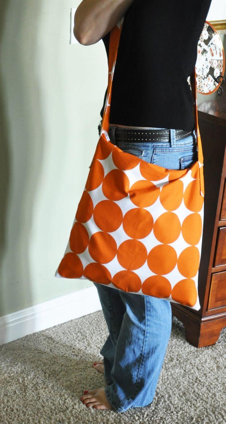 DIY: pillow cover to messenger bag