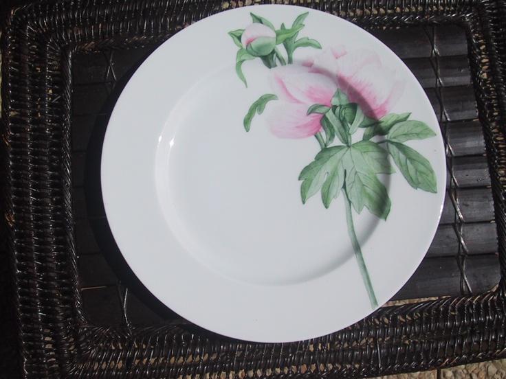 pivoine hand painted on Limoges Porcelain/ Patricia Deroubaix (sur commande/special order) France