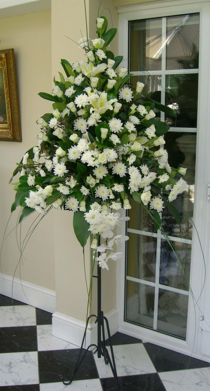 church wedding flower arrangements best 25 church flower arrangements ideas on 2947