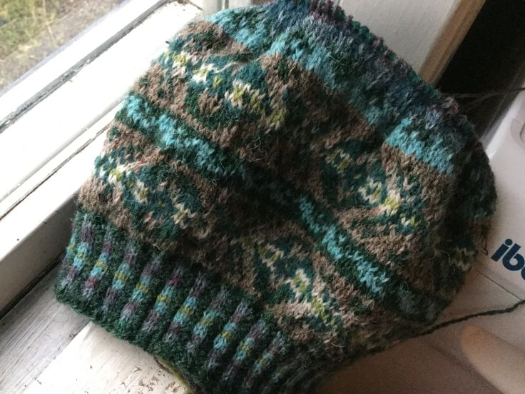 Second tam after ravelry pattern. Yarn from Jamiesons.
