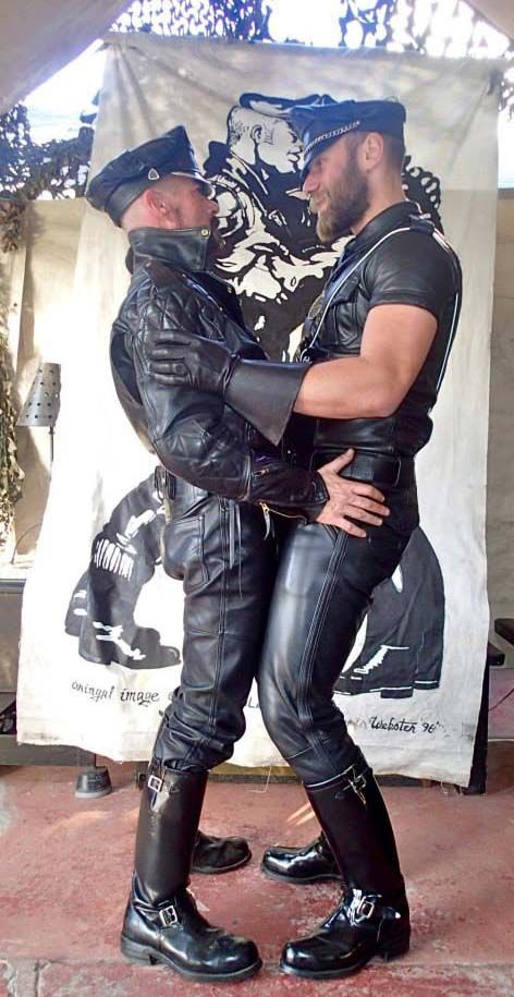 gay guys and leathermen