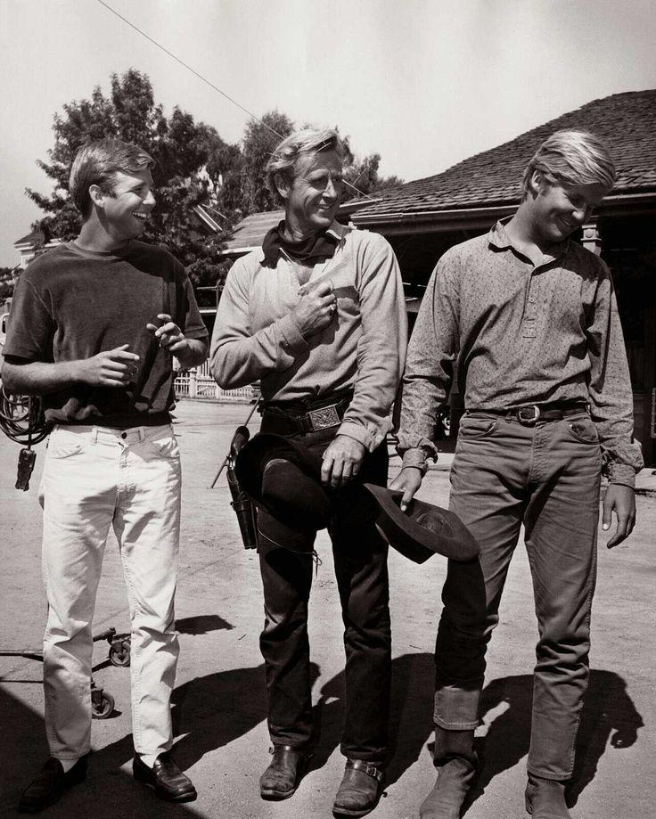 Vintage Deluxe — sweetheartsandcharacters:   Beau, Lloyd and Jeff...