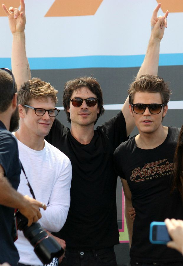 Zach Roerig, Ian Somerhalder, and Paul Wesley love every single one of these boys! Vampire diaries<3
