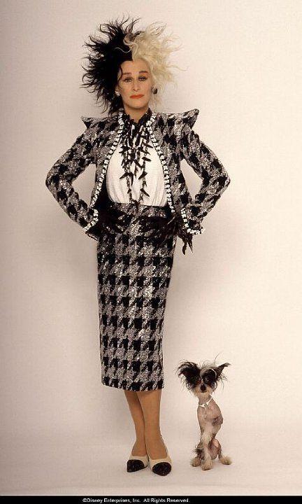 best 25 cruella deville costume ideas on pinterest. Black Bedroom Furniture Sets. Home Design Ideas