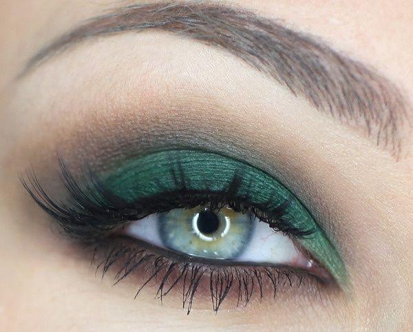 Matte Forest green Smoke eye #makeup #smokey