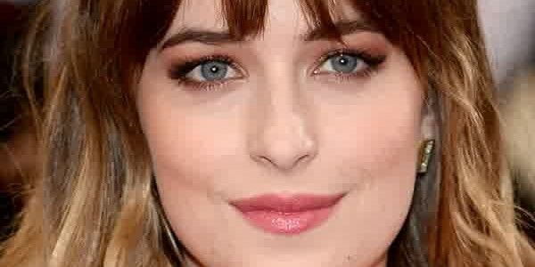 Dakota Johnson Imdb : Hairstyle Update – Dakota Johnson's Elegant ...