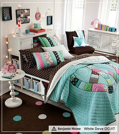 Okay bedding and storage bed so cool peace patchwork for Comforter storage ideas