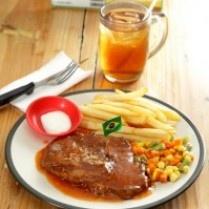 Steak Kiloan, Bebas Pilih Beratnya